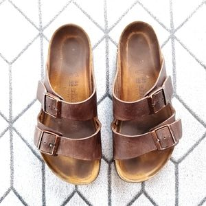 《Birkenstock》 Brown Leather Birkenstocks
